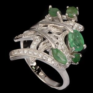 Green Emerald Stamped .925 solid sterling SZ 9.5